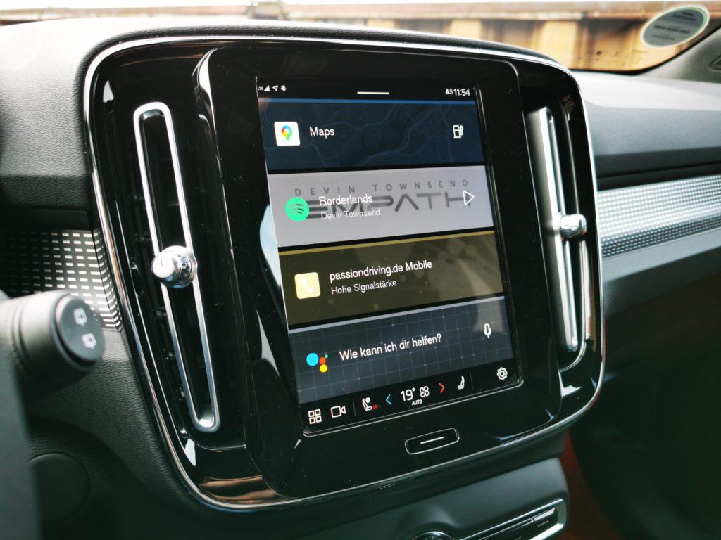 Android Automotive im Volvo XC40 Recharge P8 AWD (Bild: Sebastian Bauer)